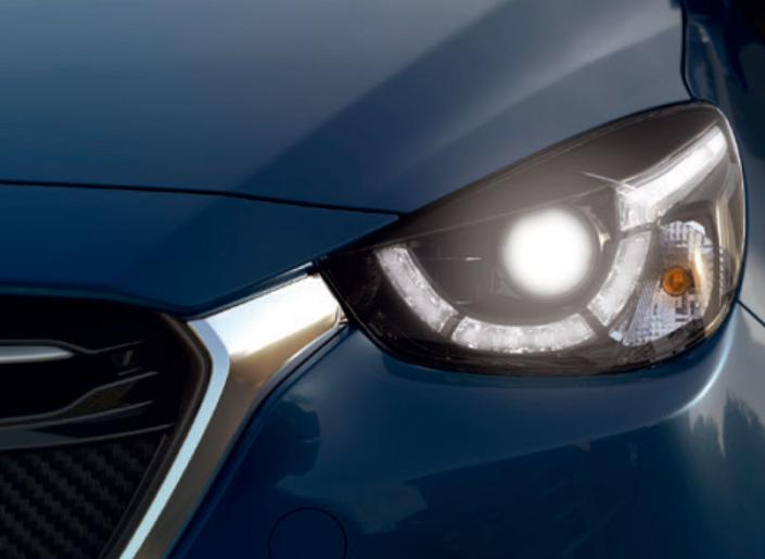 Mazda 2 Headlamps