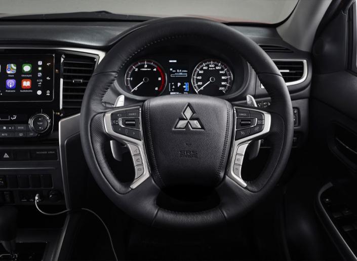 Mitsubishi-Triton-Interior